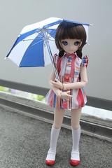 Día lluvioso... (Ninotpetrificat) Tags: muñeca mdd doll dollfiedream dollfie volks vestido handmade hobby paraguas japandoll asiandoll toys japantoys puppe camisa dress summerdress umbrella