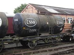 IMG_6431 - Esso Class B 20T Anchor-Mounted Tank Wagon 2686 (SVREnthusiast) Tags: severnvalleyrailway svr severnvalley severn valley railway autumngala2013 essoclassb20tanchormountedtankwagon2686 esso classb 20t anchormounted tankwagon 2686
