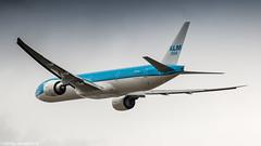 KLM 77W leaving Amsterdam for Panama City (Nicky Boogaard) Tags: boeing airbus aviation dmaviation aircanada klmcityhopper aa americanairlines kalittaair deltaairlines 787 dreamliner easyjet a319 747 freigther 747400 777200 77w 7878 7879 embrear e175 jetairways united keniaairways