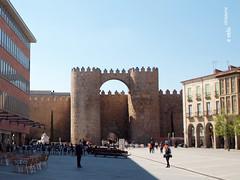 Murallas de Ávila 01 (e_velo (εωγ)) Tags: 2017 españa ávila primavera spring e620 olympus travels viajes viatges castilla ancientarchitecture murallas walls muralles