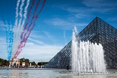 Bleu Blanc Rouge (karmajigme) Tags: bleu blanc rouge paf paris blue white red france pyramide louvre pyramid monument architecture museum travel nikon