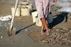 Salt making in Ulmera - 17-09-09-7 (undptimorleste) Tags: timorleste hard labor pans salt seaseaslat ulmera woman women work