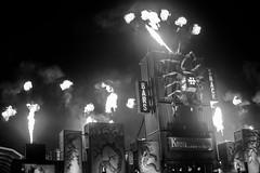HellFest 2017 - By night (J-e-Y) Tags: hellfest 2017 outdoor exterieur concert sony alpha 6000 black white noir et blanc flamme feu flame fire scorpion