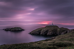 Strumble Head Lighthouse (Andrew Bloomfield Photography) Tags: andrewbloomfieldphotography landscape location photograph summer uk wwwandrewbloomfieldphotographycouk strumbleheadlighthouse sunset sky skywards colour colours vibrant wales pembrokeshire lighthouse strumble strumblehead coast sea water ocean beauty