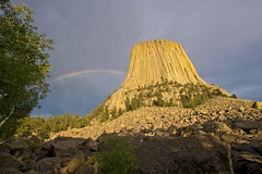 Devils Tower Rainbow (Tiara Rae Photography) Tags: devils tower national monument rainbow clouds storms geology rock wyoming