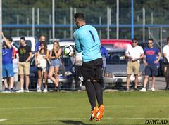 Alfonso atrapando el balon (Dawlad Ast) Tags: real oviedo vetusta filial partido pretemporada entrenamiento asturias españa spain sutbol soccer match alfonso herrero portero