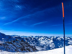 Wide angle shot of the French Alps (douwedambrink) Tags: snowboarding skiing meribel alps france pistes wideangle moutains mountain