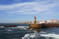 Porto - Portugal (Francisco (PortoPortugal)) Tags: 1662017 20161026fpbo4374 fozdodouro porto portugal farol lighthouse oceanoatlântico atlanticsea portografiaassociaçãofotográficadoporto franciscooliveira