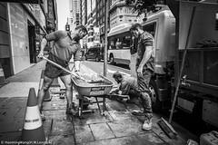 HML03731 (h.m.lenstalk) Tags: leica m typ 240 elmar superelmar 21mm 13421 asph 21 oz aussie street australia australian sydney black white people urban life city