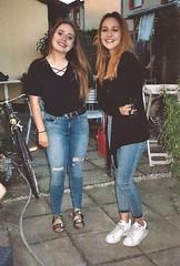 Twins 2 (Justine Sla) Tags: party girls twins soeur friends best friend sister girl fête marie justine argentique photo foto photographie pellicule pellicula film ricoh vintage