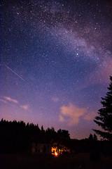Milchstraße über Königsmühle (jakob.jonscher) Tags: milchstrase königsmühle nik tschechien sterne feuer blau nacht sternschnuppe astro