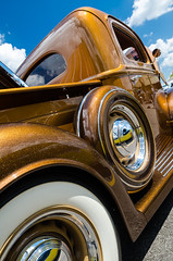 Golden brown and delicious (GmanViz) Tags: gmanviz color car automobile detail goodguysppgnationals nikon d7000 1941 ford pickup truck wheel spare tire whitewall custom bed fender roof clouds sky metalflake chrome