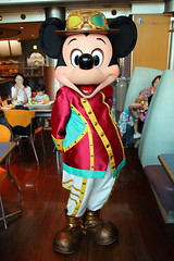 Mickey Mouse (sidonald) Tags: tokyo disney tokyodisneysea tds tokyodisneyresort tdr horizonbayrestaurant greeting ディズニーシー ホライズンベイ・レストラン グリーティング ミッキー mickeymouse mickey