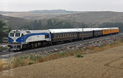 Sta.Maria del Invierno (Mariano Alvaro) Tags: tren azul azaft 319 wagon lits renfe correos santa maria invierno burgos miranda aranda duero ebro