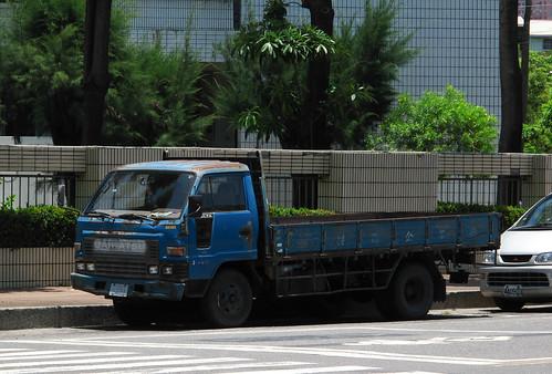 Daihatsu Delta Diesel - a photo on Flickriver
