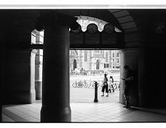 161226 Roll 458 M7 tmax4863 (.Damo.) Tags: 35mmf24 roll458 analogue believeinfilm blackwhite epson epsonv700 film filmisnotdead ilfordrapidfixer ilfostop iso800 kodak kodak400tmax leica leicam7 melbourne melbournesilvermine msm selfdevelopedfilm streetphotography streetphoto tmax tmax400 tmaxdeveloper xexportx zeis