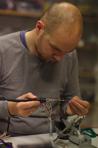 Soldering connectors