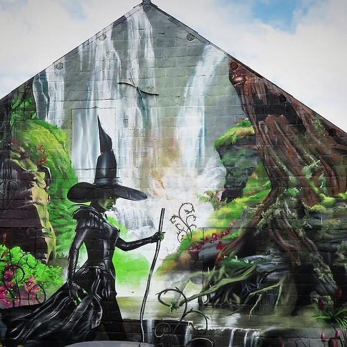 All about #witches today / #Art by @simon_delahaye. #beselare #belgium #streetart #graffiti #urbanart #graffitiart #urbanart_daily #graffitiart_daily #streetarteverywhere #streetart_daily #wallart #mural #ilovestreetart #igersstreetart #streetartbel #iger
