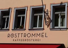 (:Linda:) Tags: germany bavaria franconia town erlangen shopsign flagholder shadow window four kaffeerösterei coffeeshop