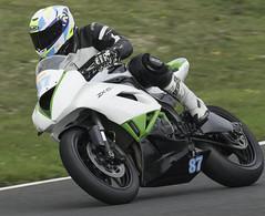 87 Rich Cooper Kawasaki ZX6R (madktm) Tags: 87 rich cooper kawasaki zx6r charlies moto time attack cadwell park 16 july 2017
