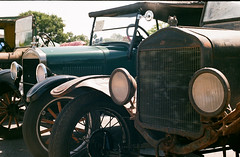 Ford Model T (berangberang) Tags: ford modelt antiqueautomobile vintageautomobile vintagecar exakta agfavista200