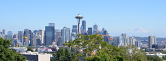 Seattle Skyline (trphotoguy) Tags: seattle washington skyline seattleskyline cityskyline kerrypark mountrainier 2885mmf3545af spaceneedle