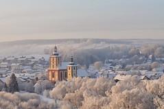 Burghaun im Winter (Uli He - Fotofee) Tags: ulrike ulrikehe uli ulihe ulrikehergert hergert fotofee nikon nikond90 kirchen burghaun burghaunerkirchen