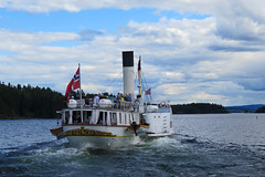 Sailing on Mjøsa (Mrs.Snowman) Tags: skibladner mjøsa lillehammer norway hjuldamper sailing