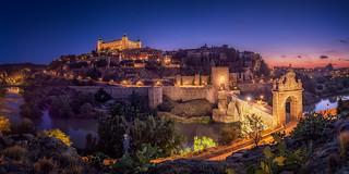 Night-in-Toledo