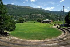 A Fénis (STE) Tags: fenis anfiteatro prato verde green lawn fénis gradini