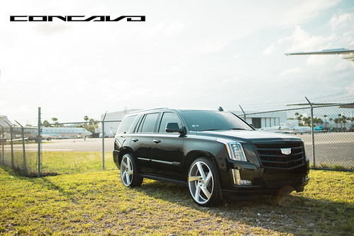 """Cadillac Escalade on 5D Brushed Silver • <a style=""""font-size:0.8em;"""" href=""""http://www.flickr.com/photos/77888731@N08/35856525811/"""" target=""""_blank"""">View on Flickr</a>"""