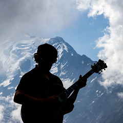 Cosmojazz... (Larch) Tags: concert cosmojazz2016 cosmojazz montagne mountain alpes alps chainedumontblanc leshouches prarion musicien musician nuage cloud aiguilledebionassay kallekalima inexplore silhouette jazz musique music carré square