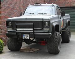 Silverado (Schwanzus_Longus) Tags: german germany old classic vintage car vehicle pickup pick up truck us usa america american chevrolet chevy silverado lifted