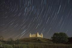 Castillo de Barcience (:) vicky) Tags: castillalamancha castillo circumpolar barcience vickyepla olympus olympusdigitalcamera night nocturna noche esolympus estrellas stars