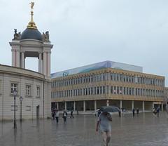 alt und neu- old and new (Anke knipst) Tags: potsdam germany altermarkt regen fachhochschule schloss college citypalace shiftn