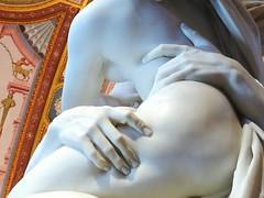 Sensualità ai tempi del Bernini (Anna Rita Corrias) Tags: bernini hand body indoors