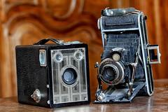 Appareils photos anciens. FlickrFriday. Made no More (jjcordier) Tags: madenomore flickrfriday appareilphoto ancien brocante