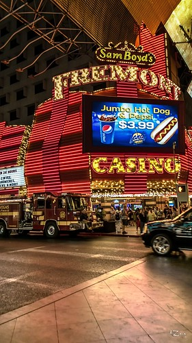 Fremont Street Experience 16