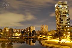 Poble Nou (Rubén Gil) Tags: night nikond90 nightshot noche nocturnas nocturna city ciudad cielo sky barcelona bcn skyline rubengilphotography
