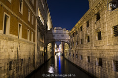 Still Venice (night photography) 6/10 (Pedro Nogueira Photography) Tags: pedronogueiraphotography pedronogueira photography veneza venezia venice water architecture