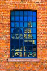 BRYAN_20170508_IMG_2462 (stephenbryan825) Tags: 3graces albertdock liverpool maritimemuseum royalliverbuilding brickwork buildings glass reflection selects windows