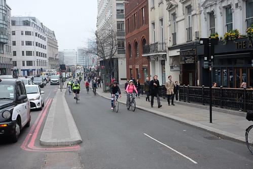 London CS6 (68)