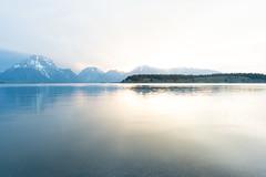 DSC_0653 (kui360) Tags: jacksonlake lake grandtetonnationalpark sunrise wyoming signalmountain