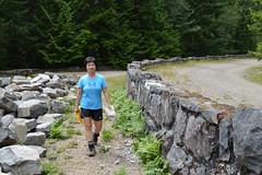 Isabelle at the Tahoma Vista Wall (Sotosoroto) Tags: dayhike hiking mtrainier mtrainiernationalpark gobblersknob mountains cascades washington lakegeorge westsideroad trail