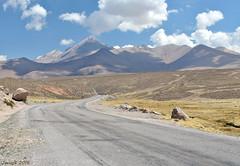 Altiplano (Javiera C) Tags: arica parinacota putre lauca laucanationalpark parquenacionallauca parquenacional nationalpark naturaleza nature altiplano highlands paisaje landscape montaña mountain ruta route camino carretera color