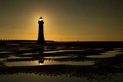 205/365 (neals pics) Tags: lighthouse coast coastal beach wae water tide tidal sand sky sun sunset light glow silhouette uk newbrighton 365the2017edition 3652017 day205365 24jul17
