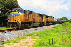 CSX K617-04 (Steve Hardin) Tags: cartersville georgia unionpacific wa westernatlantic railroad railway railfan ethanol tankercar train emd sd70m sd70ace railroadcrossing