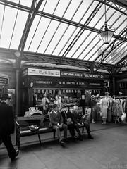 Waiting For The Train (Jason_Hood) Tags: severnvalleyrailway kidderminster