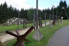 Relikt aus der schlechten noch nicht so alten Zeit (*Tom68*) Tags: outdoor tschechien grenze stacheldraht eisenervorhang buchwald böhmen