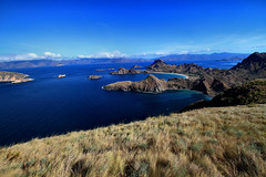 Padar Island (phalinn) Tags: padar island pulau flores nusa tenggara east timur indonesia sunda komodo rinca travel tourism adventure landscape hike hiking outdoor view wanderlust canon dslr camera eos photography nature sky sea ocean 5dm4